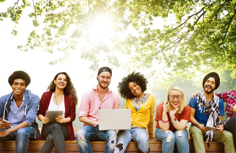 estudantes-das-mais-diversas-nacionalidades-e-culturas