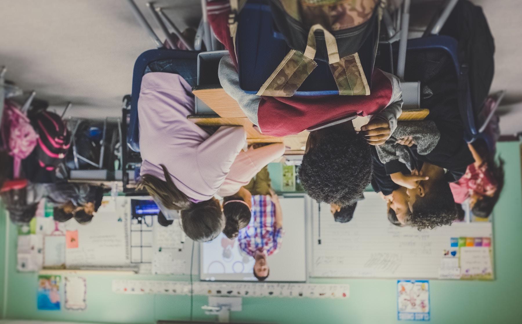 Sala de aula invertida: o que é, exemplos e como por em prática
